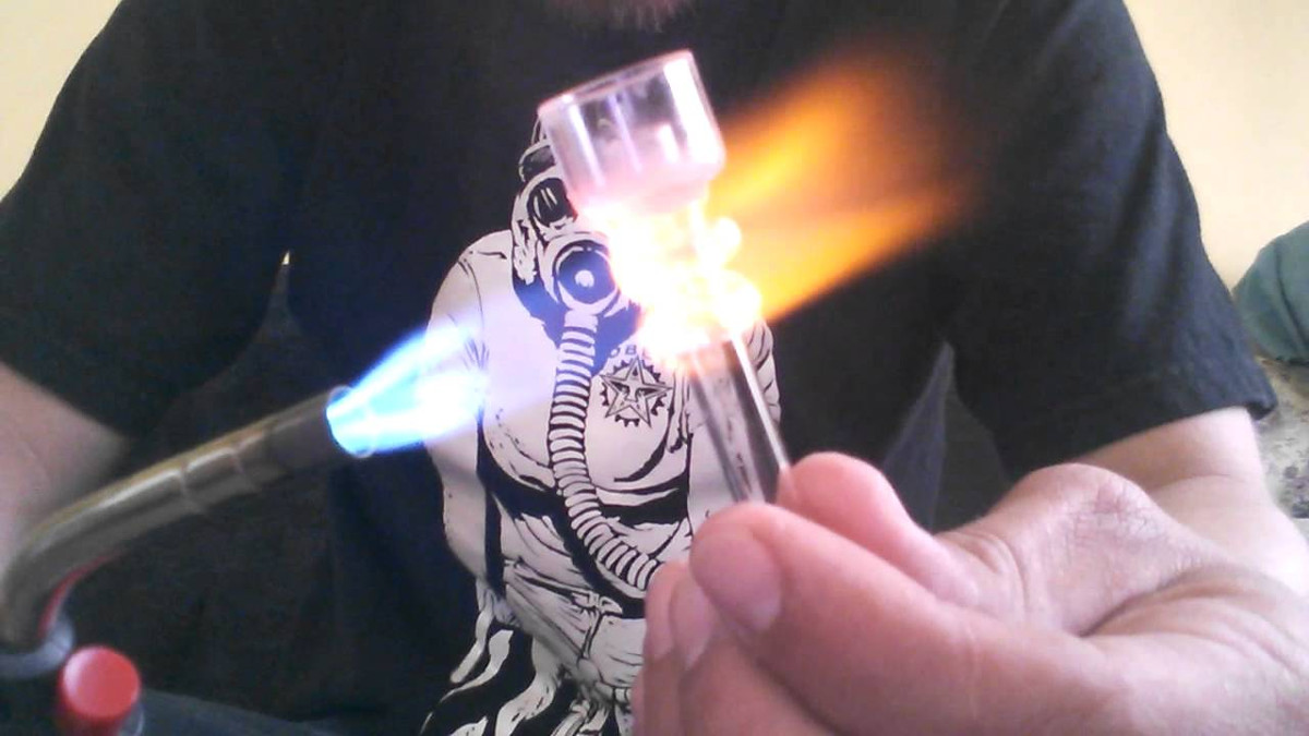 torch-dab-rig-flame